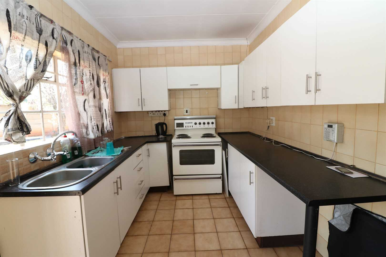 3 Bedroom house on large stand