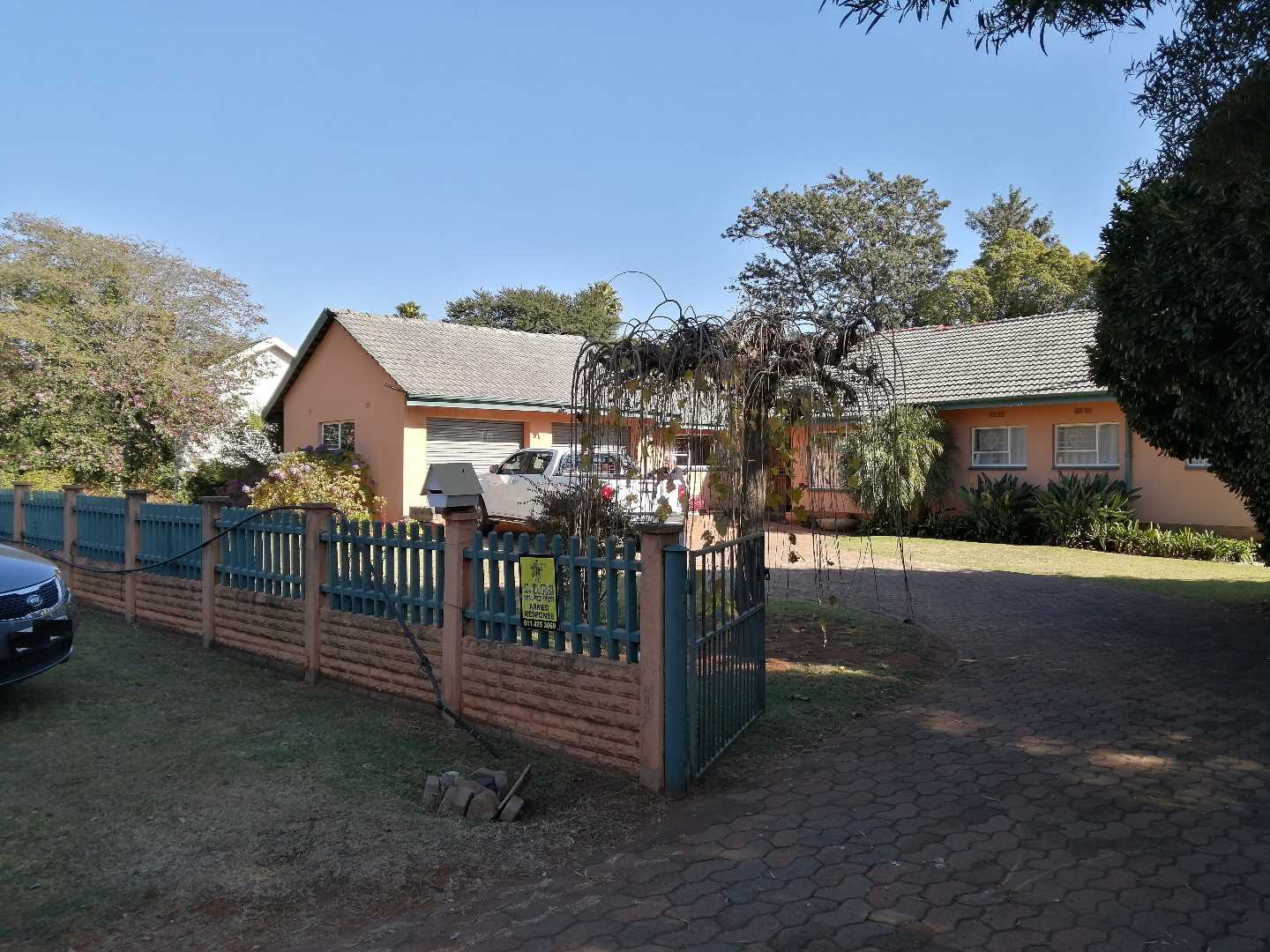 Large 3-Bed Family Home in Enclosed Glen Marais