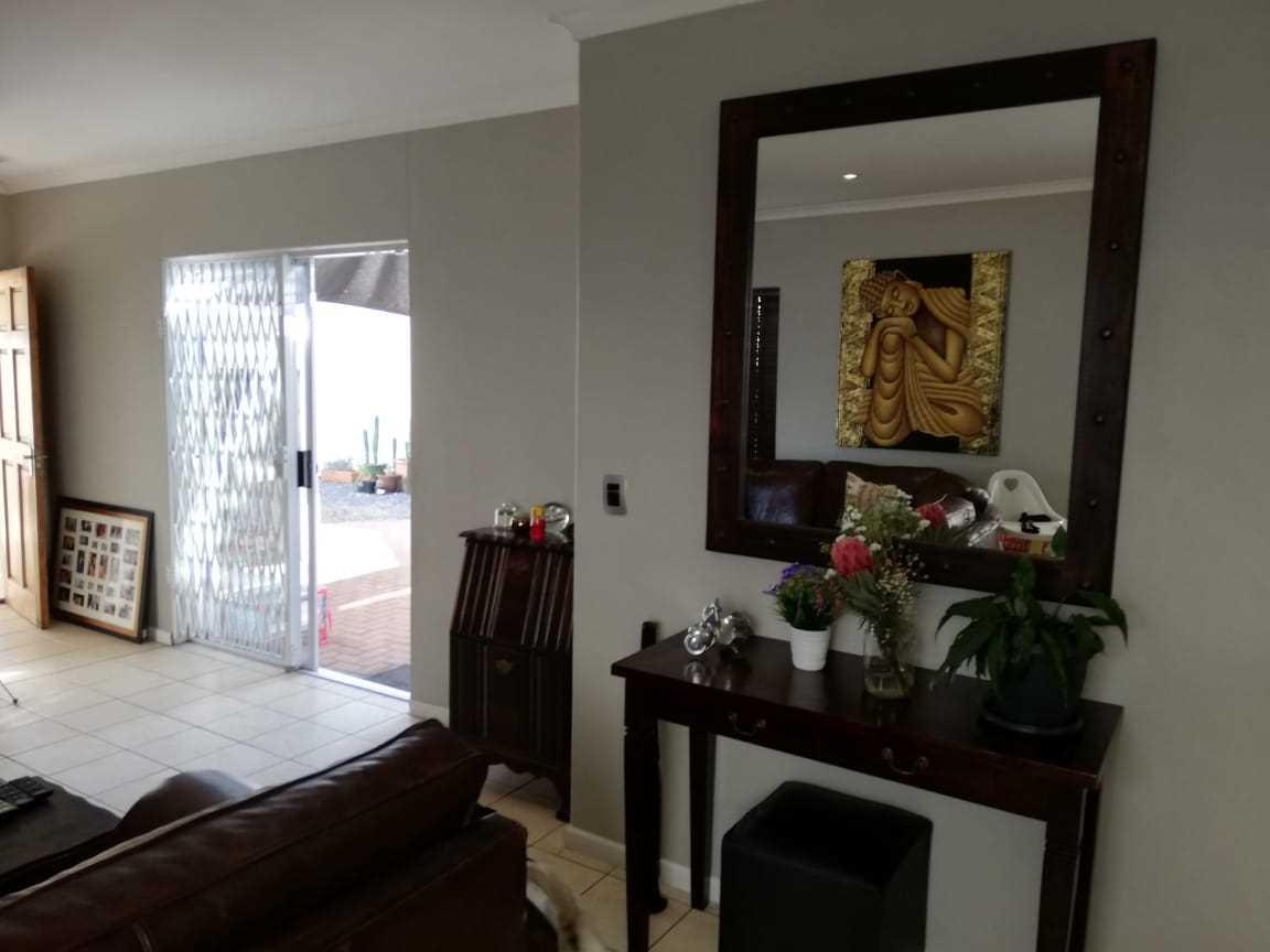3 Bedroom 2 Bathroom House To Rent in Parklands