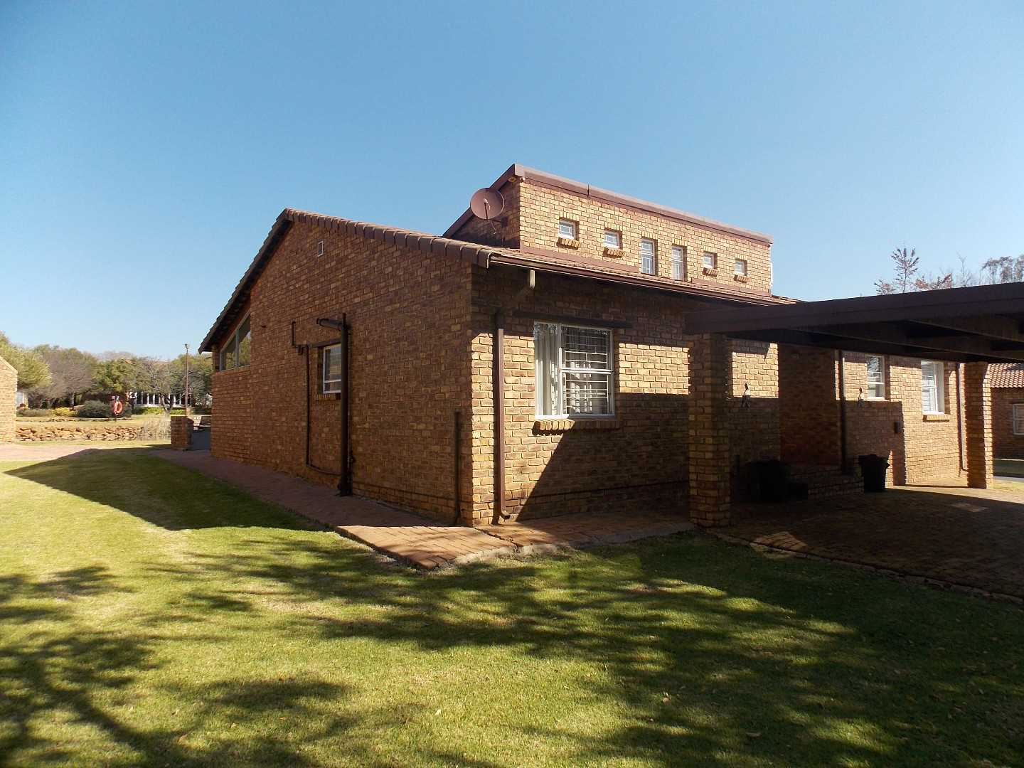 Excelent Move in and Stay at the Vaal Dam