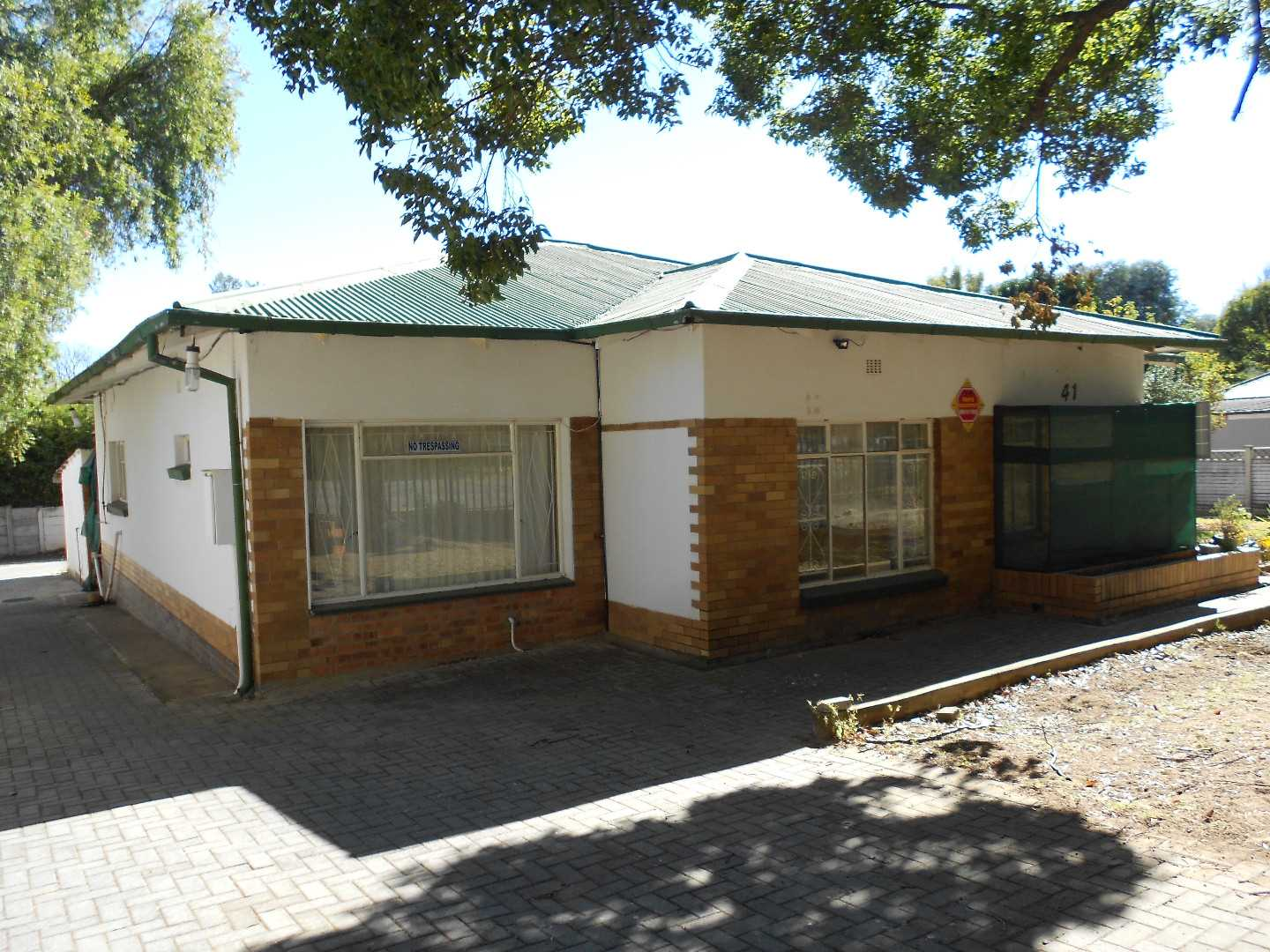 Priced to sell !! Value for money in Parys