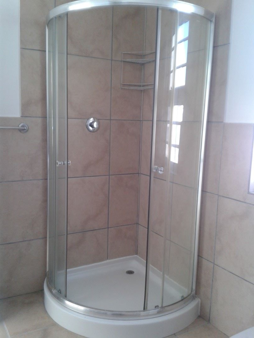 Shower Cubicle of Main Bedroom.