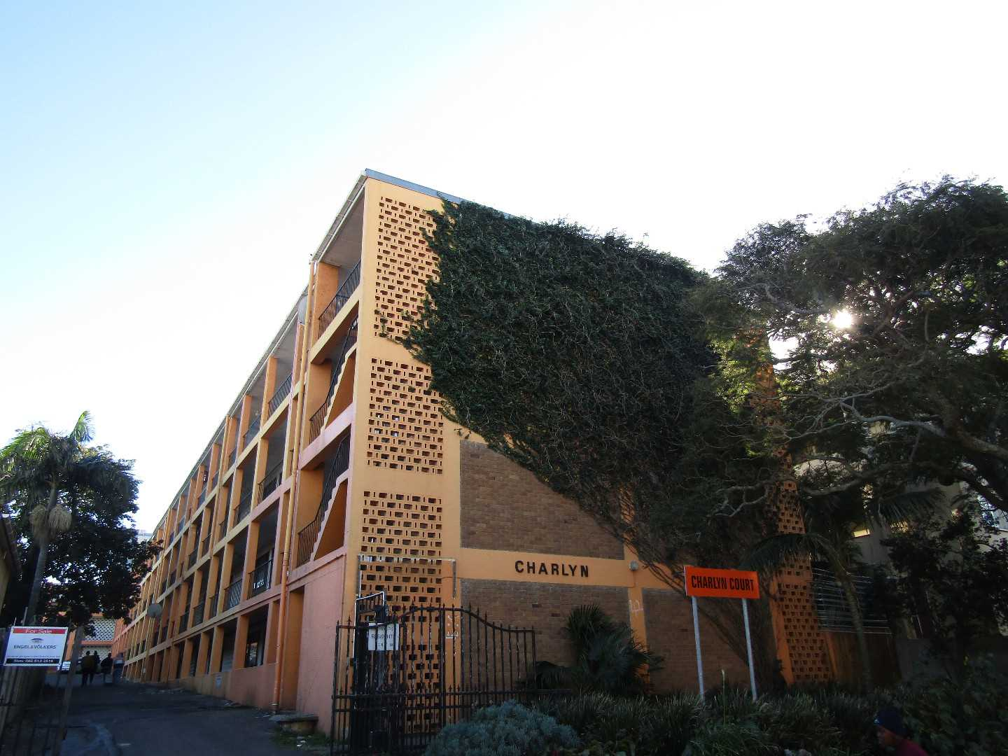 Affordably priced apartment - Southernwood