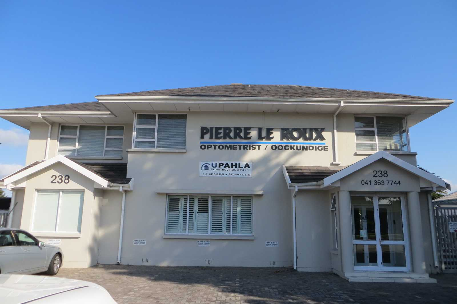 Upstairs Office Space To Rent on Cape Road.