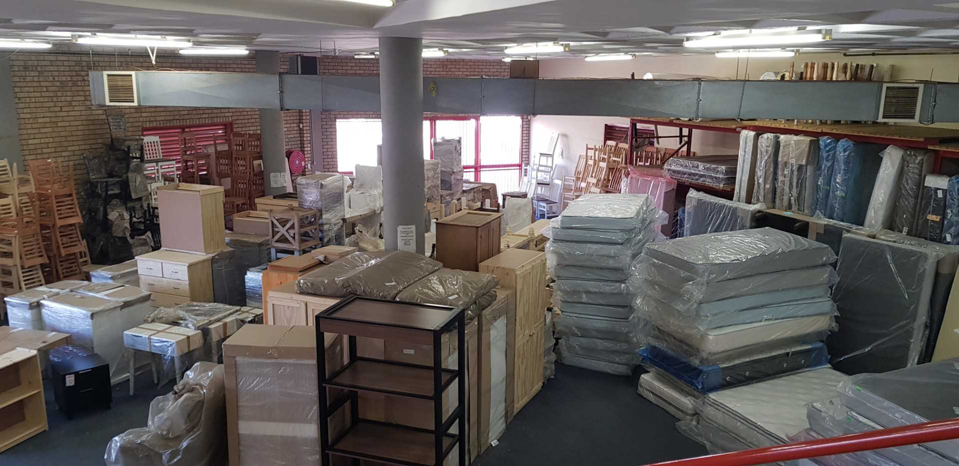 Warehouse storage section