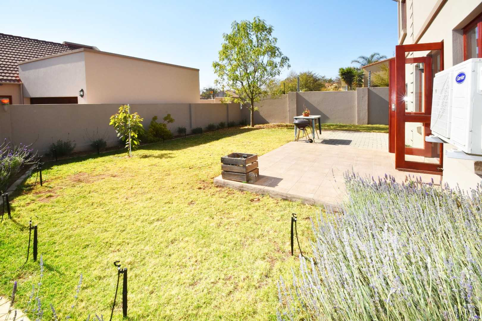 Large garden with plenty of space to expand, even upstairs over the patio, to enclose it.
