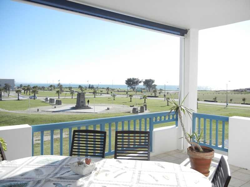 Summerstrand - Modern Lifestyle and perfect location.