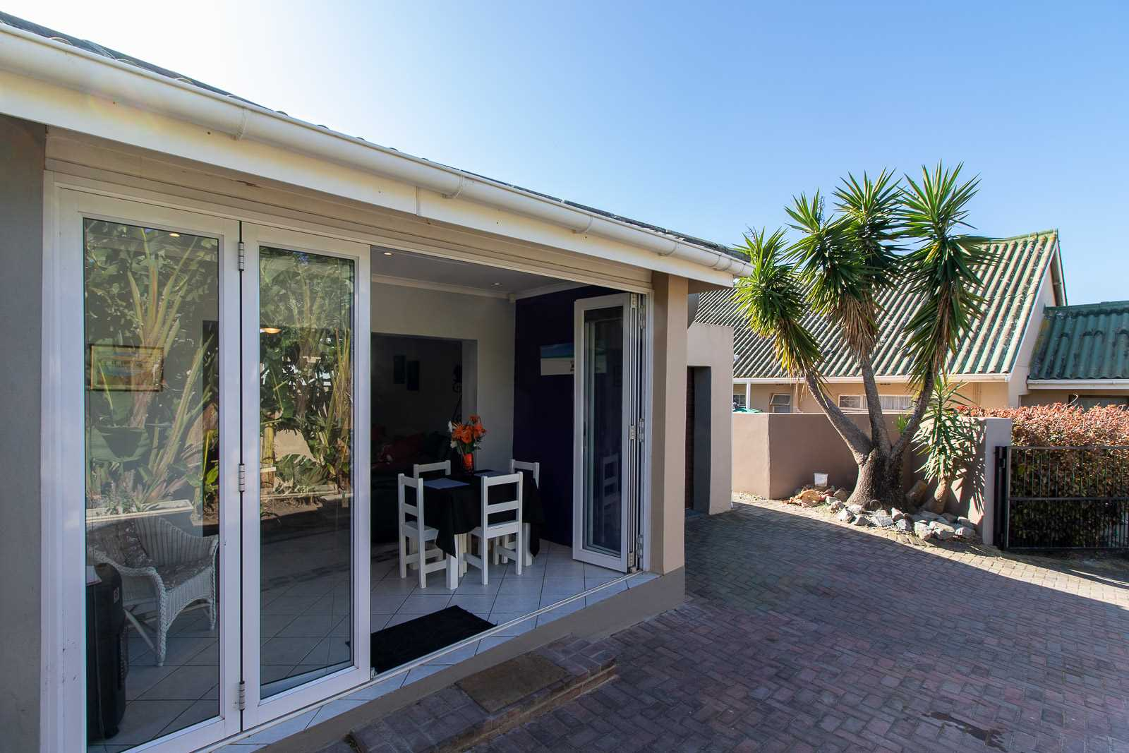 Neat Two Bedroom Unit In A Secure Port Alfred Complex