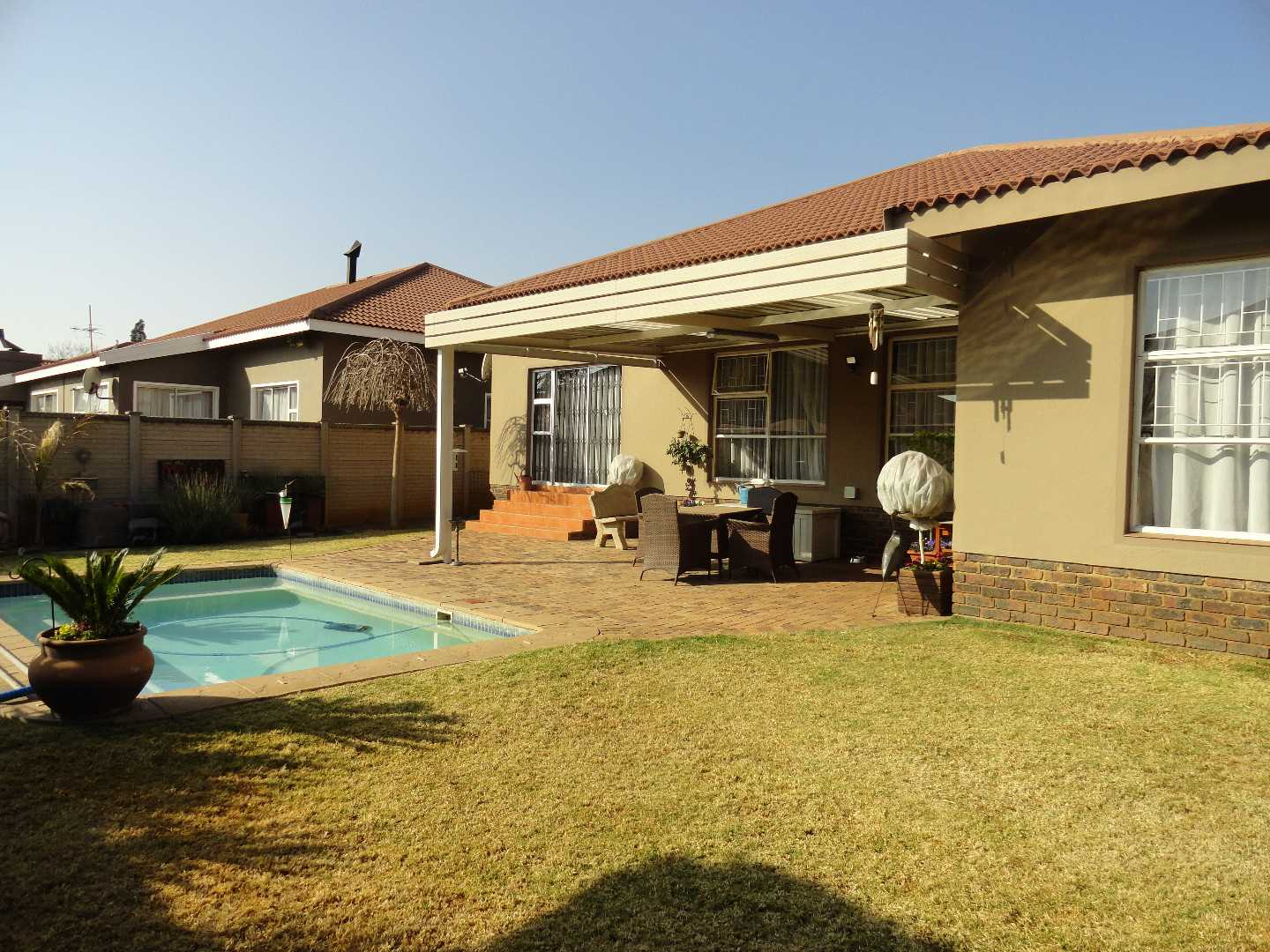 Vaalpark Maraldi Estates - Beautiful Townhouse in Estate