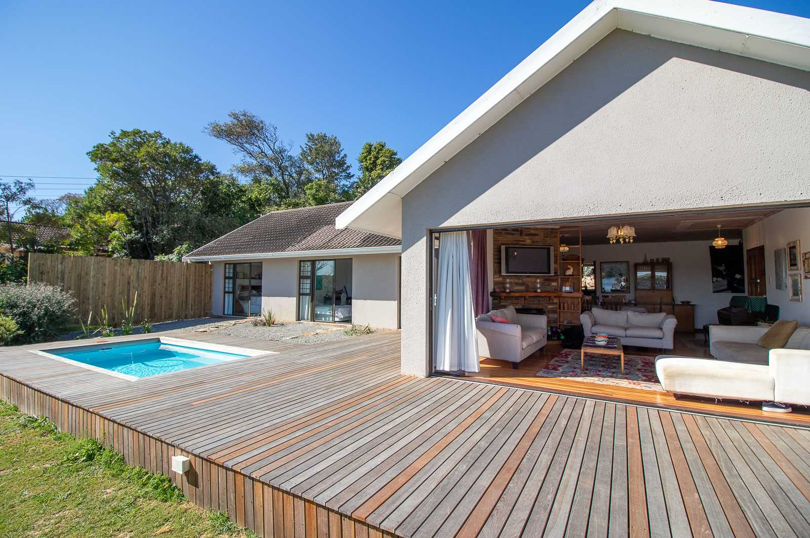 Enjoy Views and Sunsets Over the Kowie River in Port Alfred