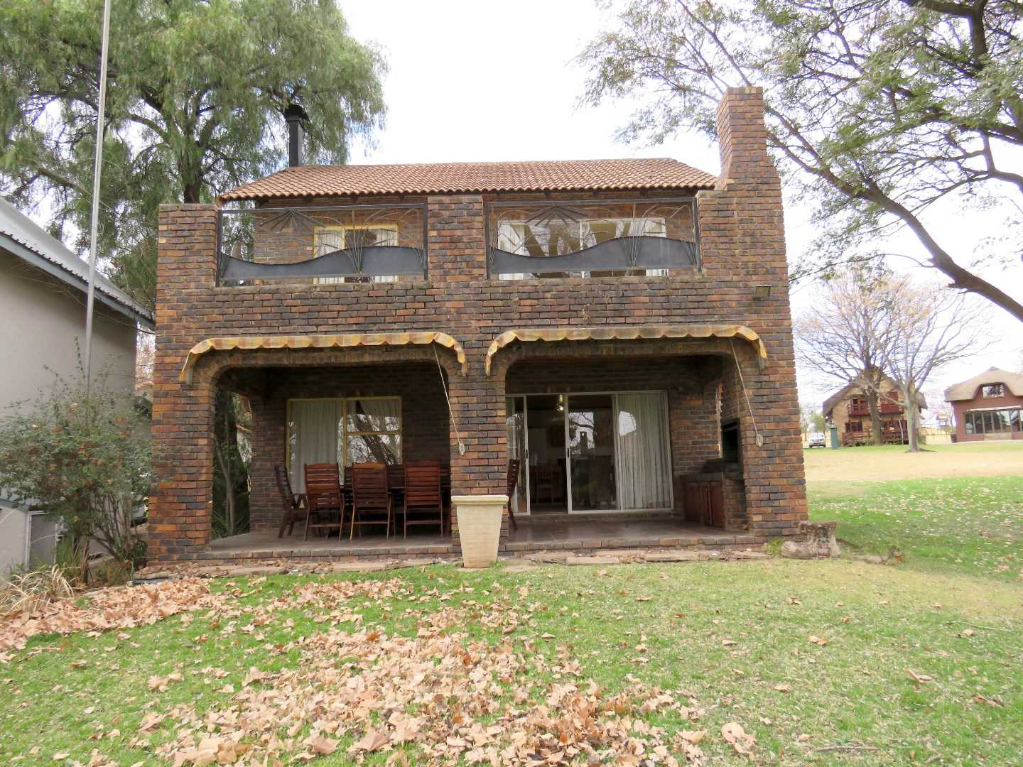 3 Bedroom Weekend Getaway Property Next To The Vaal River