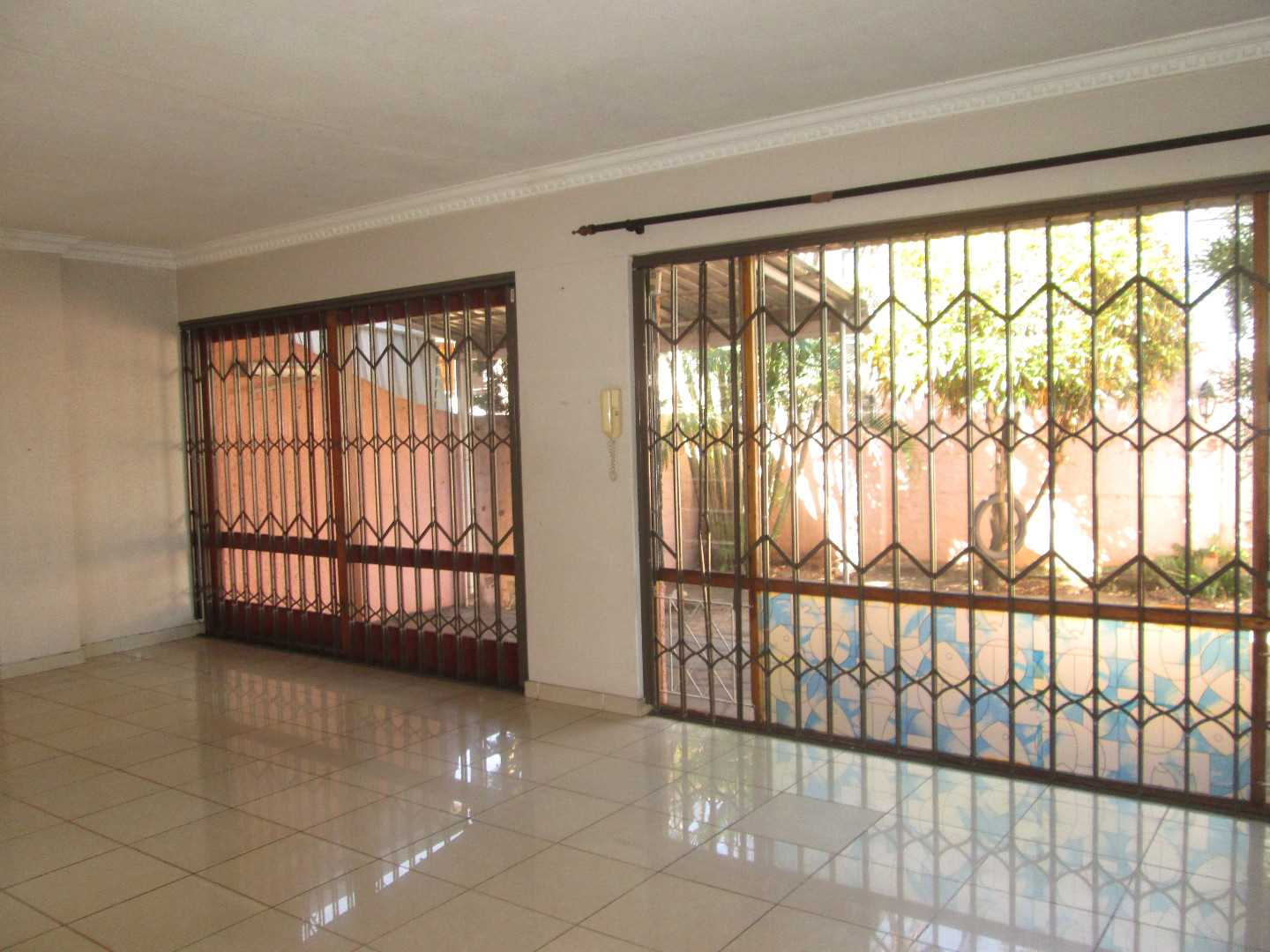 2 Beds Apartment in Musgrave