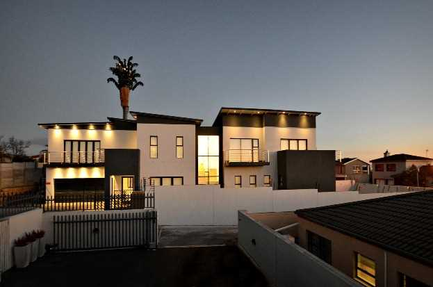 Luxurious Lifestyle with Magnificent Views