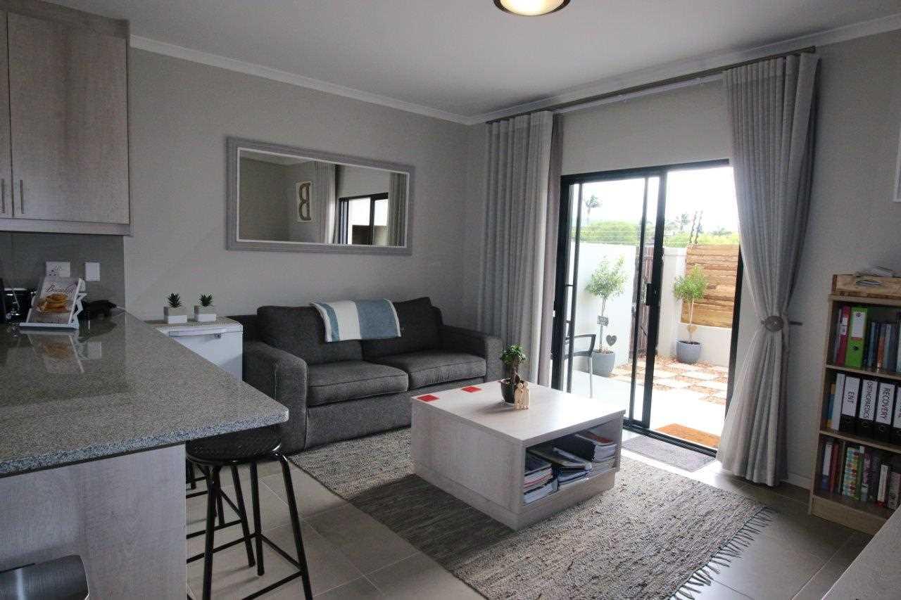 Durbanville Meadows - R1,496,000
