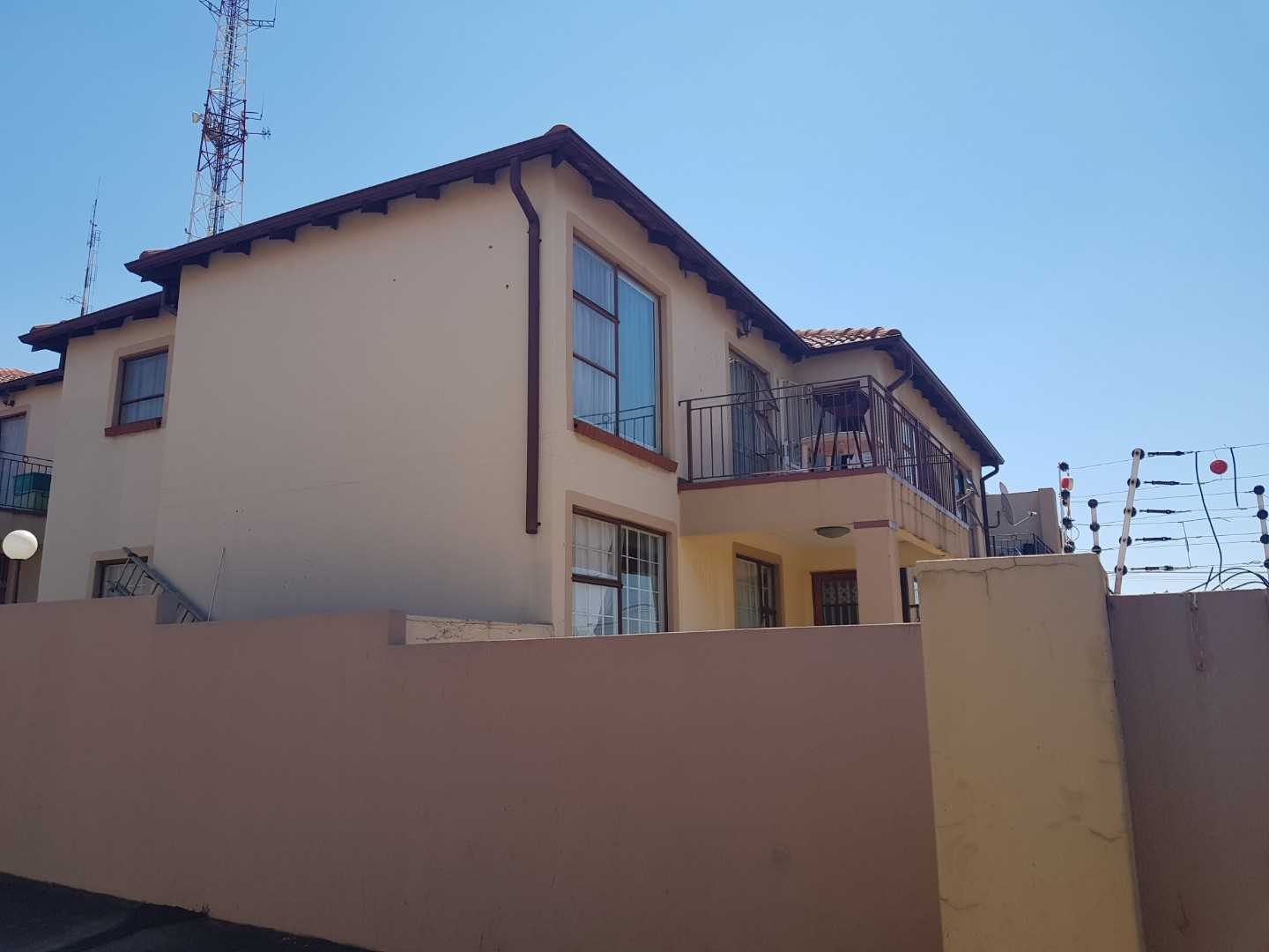 Spacious Townhouse in Risana