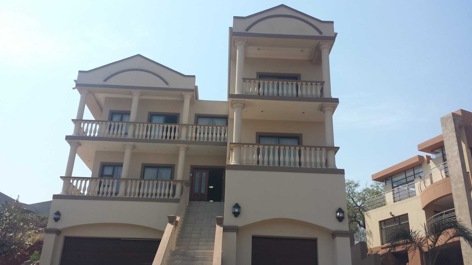 Stunning 3 level house