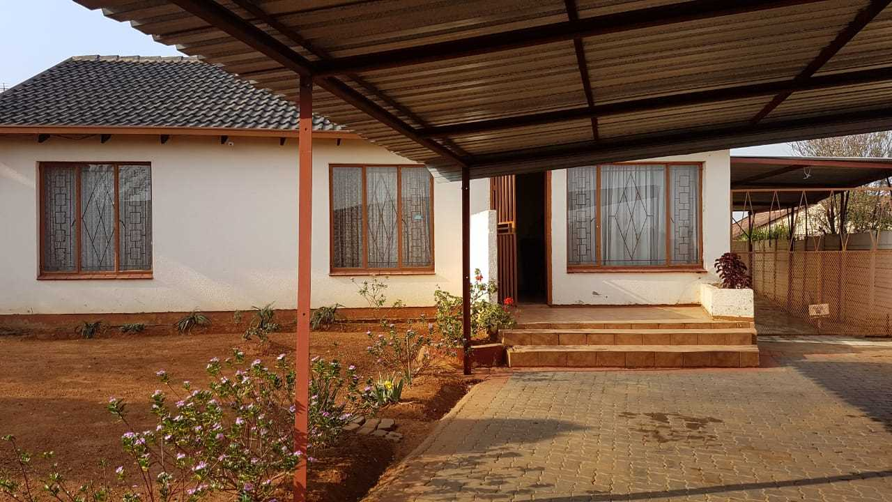 3 bedroomed house for sale in rust ter vaal