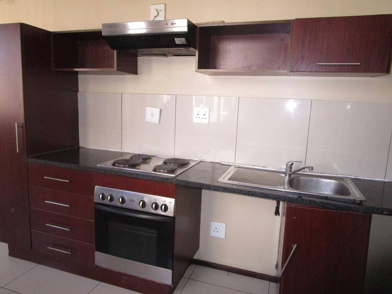 1 bedroom en-suite apartment in  Braamfontein.