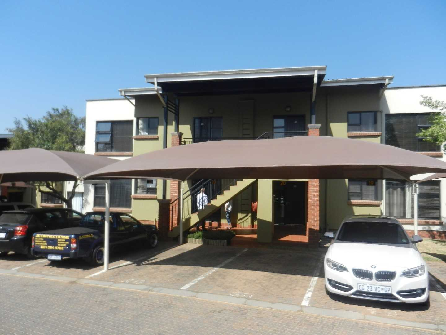 2 Bed 2 Bath Townhouse - Bassonia