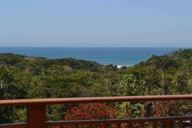 Beautiful ocean view from front deck