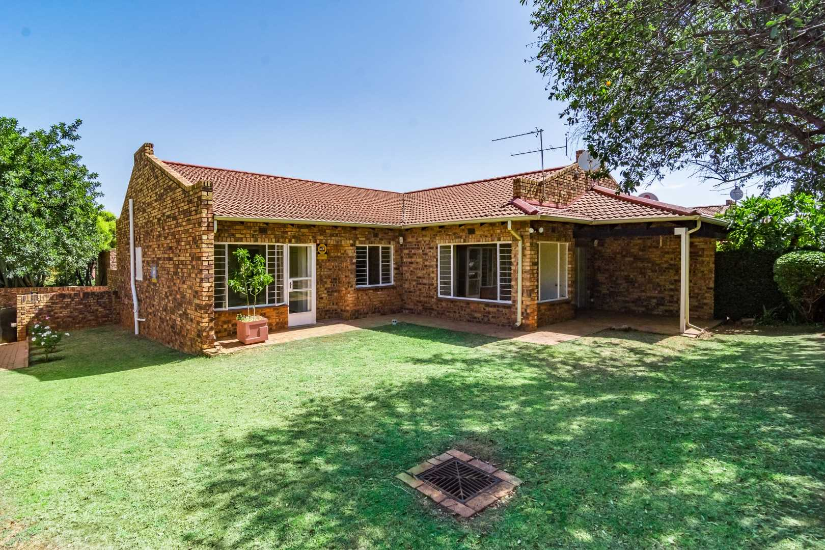 Best Priced Property in Randpark Ridge!!!