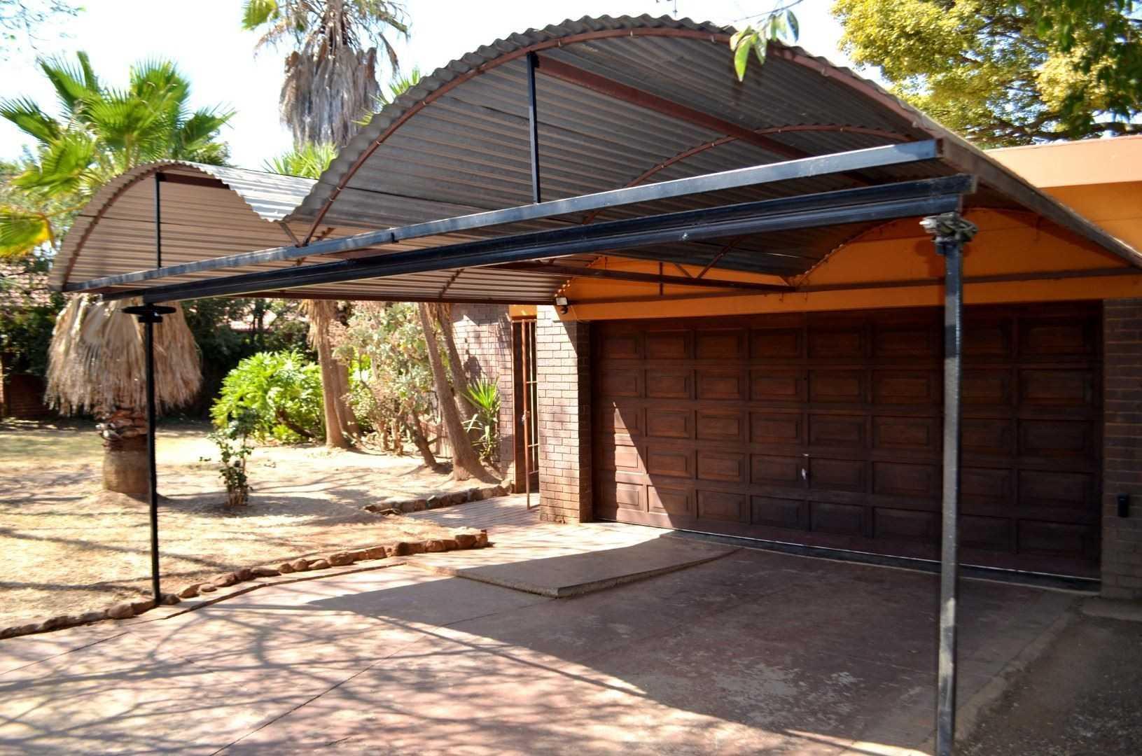 Garages and Carport