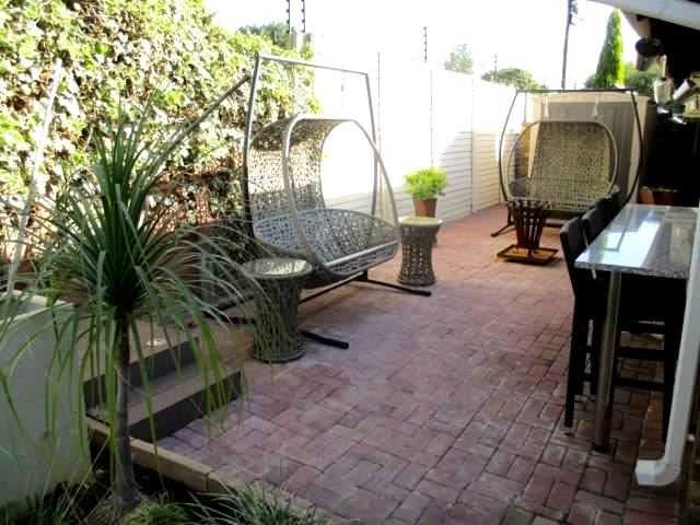 Flatlet outdoor relaxation area