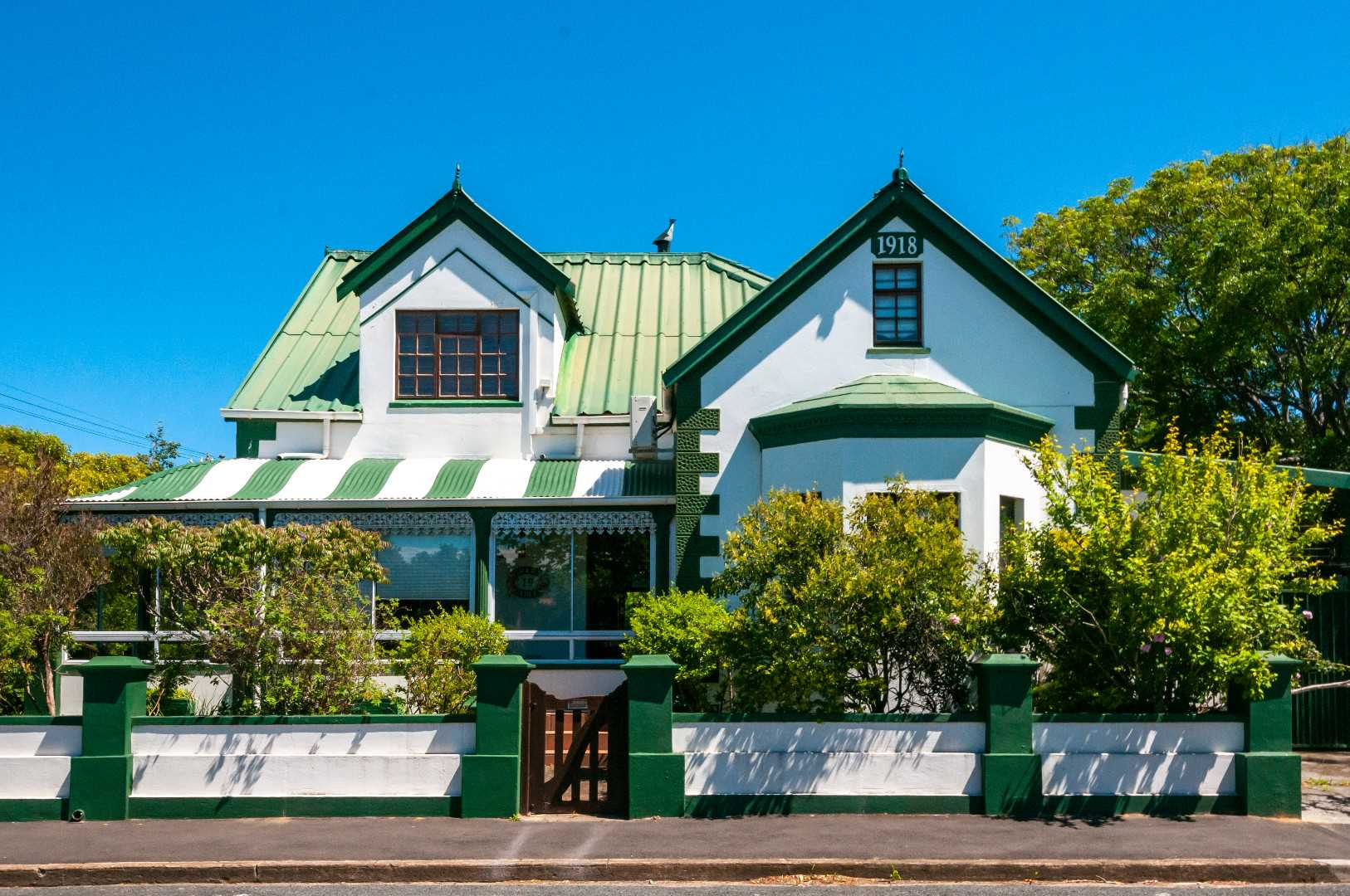 Charming 4 Star Guest House Opportunity