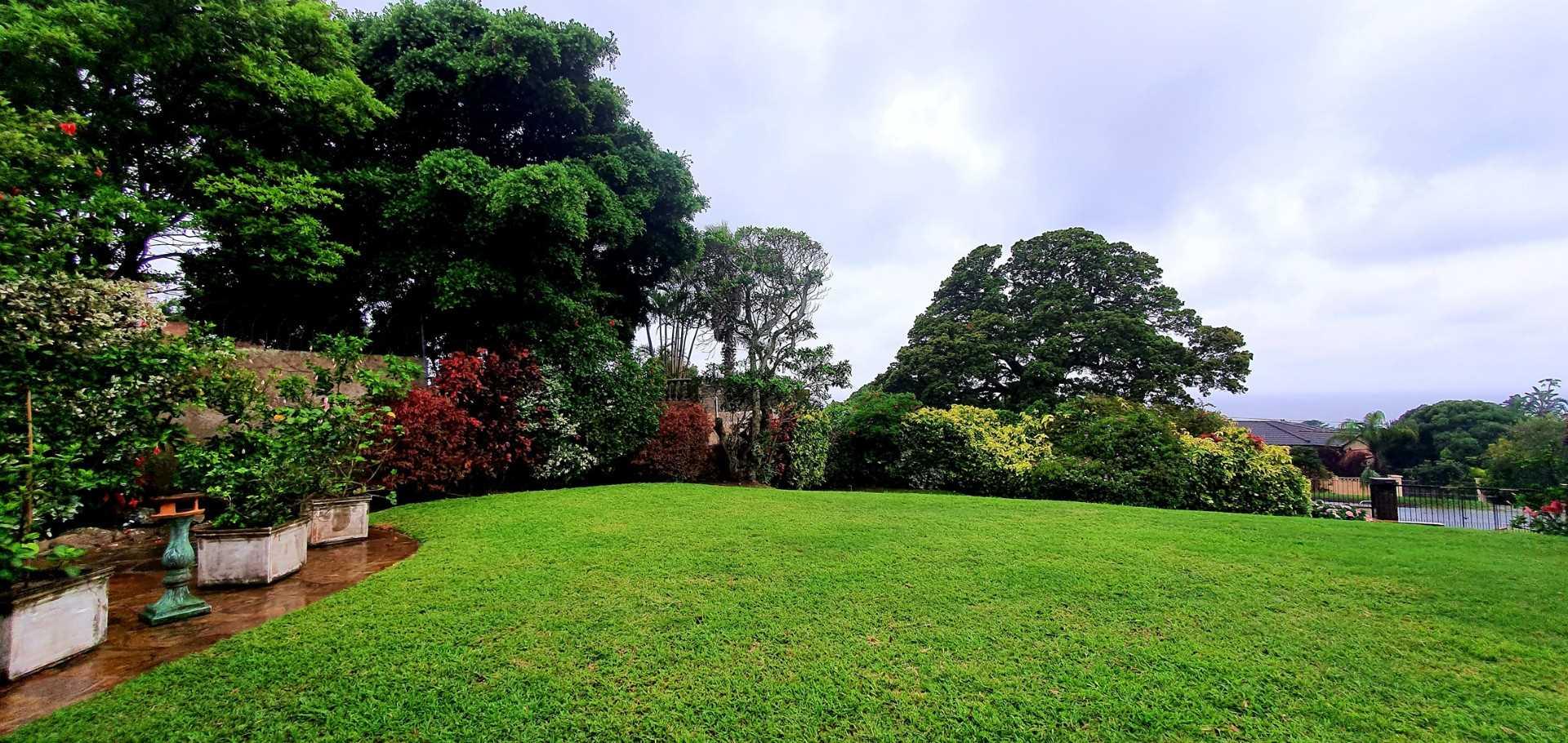 Immaculate garden in Scottburgh Central