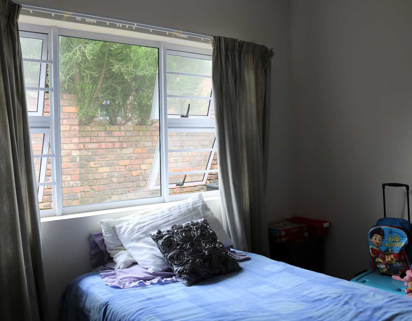 2nd BEDROOM WITH BICS