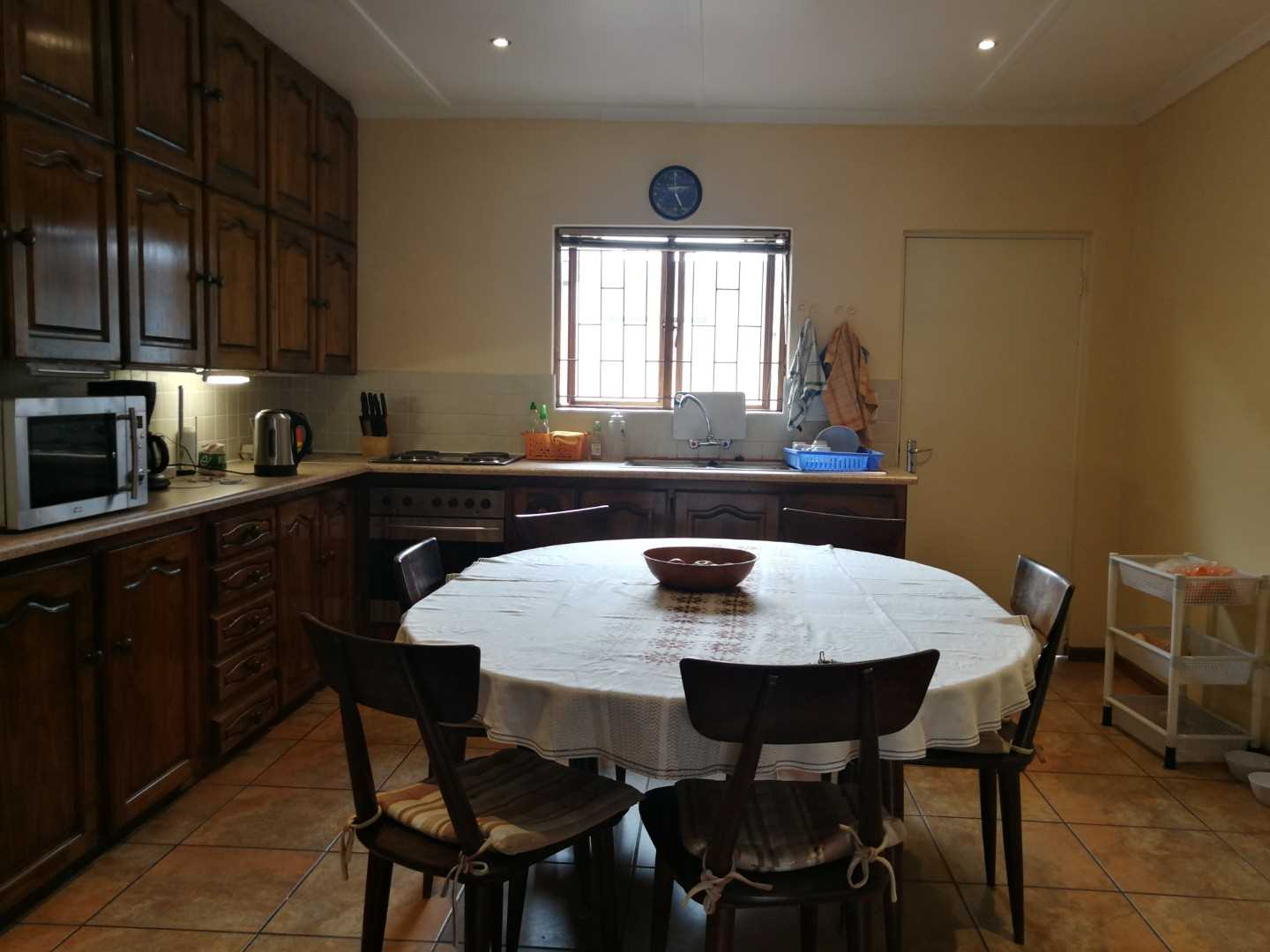 Spacious kitchen in Cottage 2