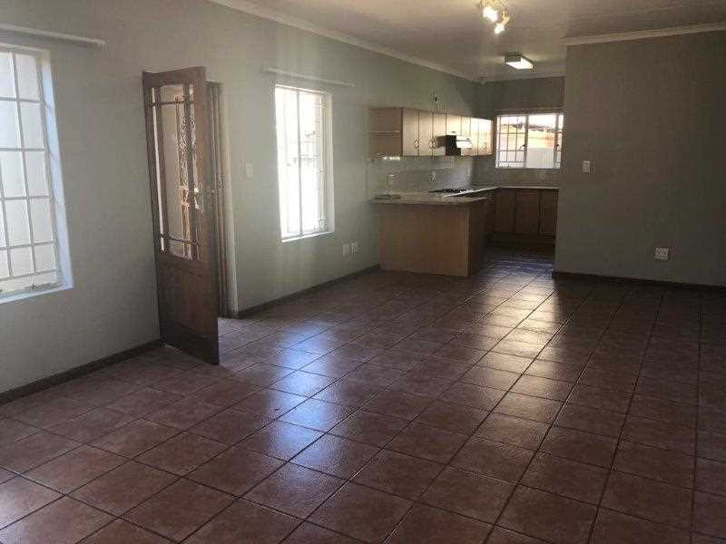 Secure townhouse in Cashan