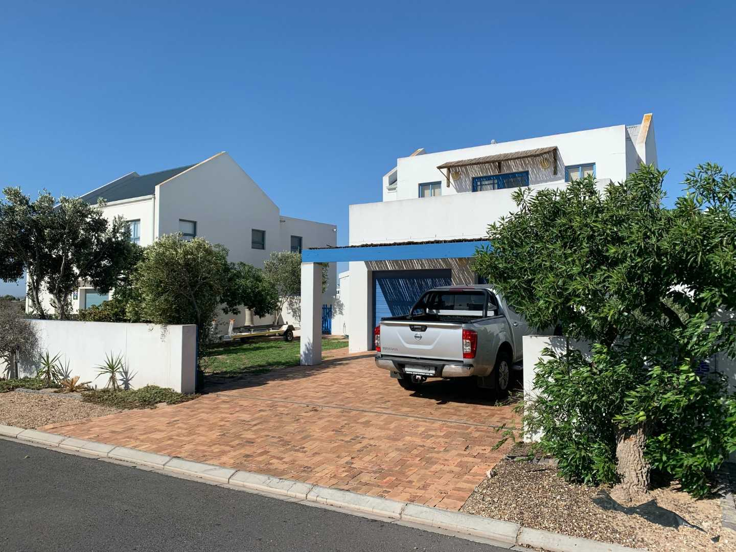 3 Bed, 3 Bath & large private garden