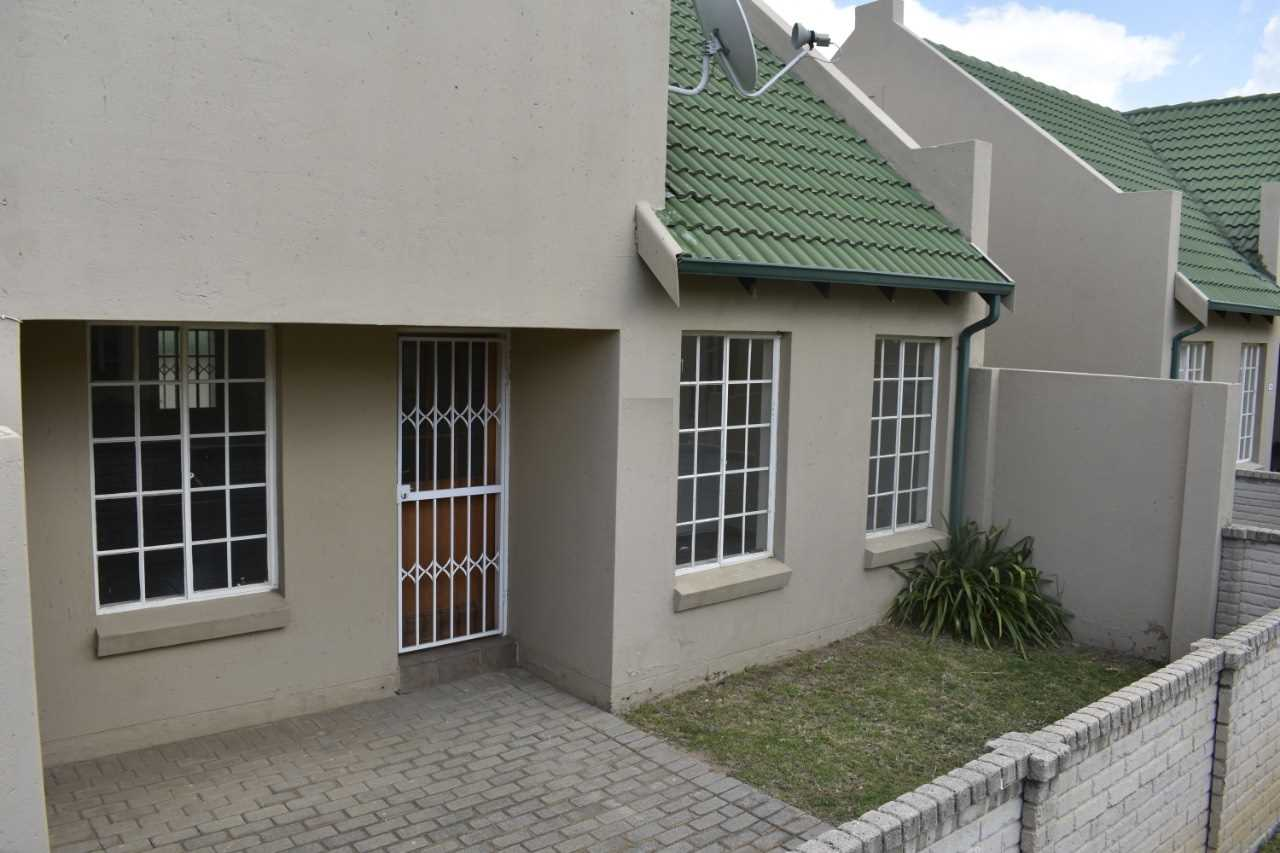 Stunning 2 bedroom townhouse in Kosmosdal!