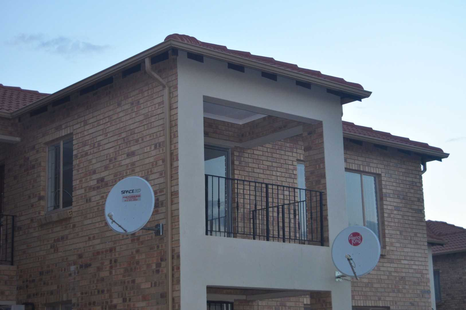 This is a great investment 2 x bedroom apartment for sale
