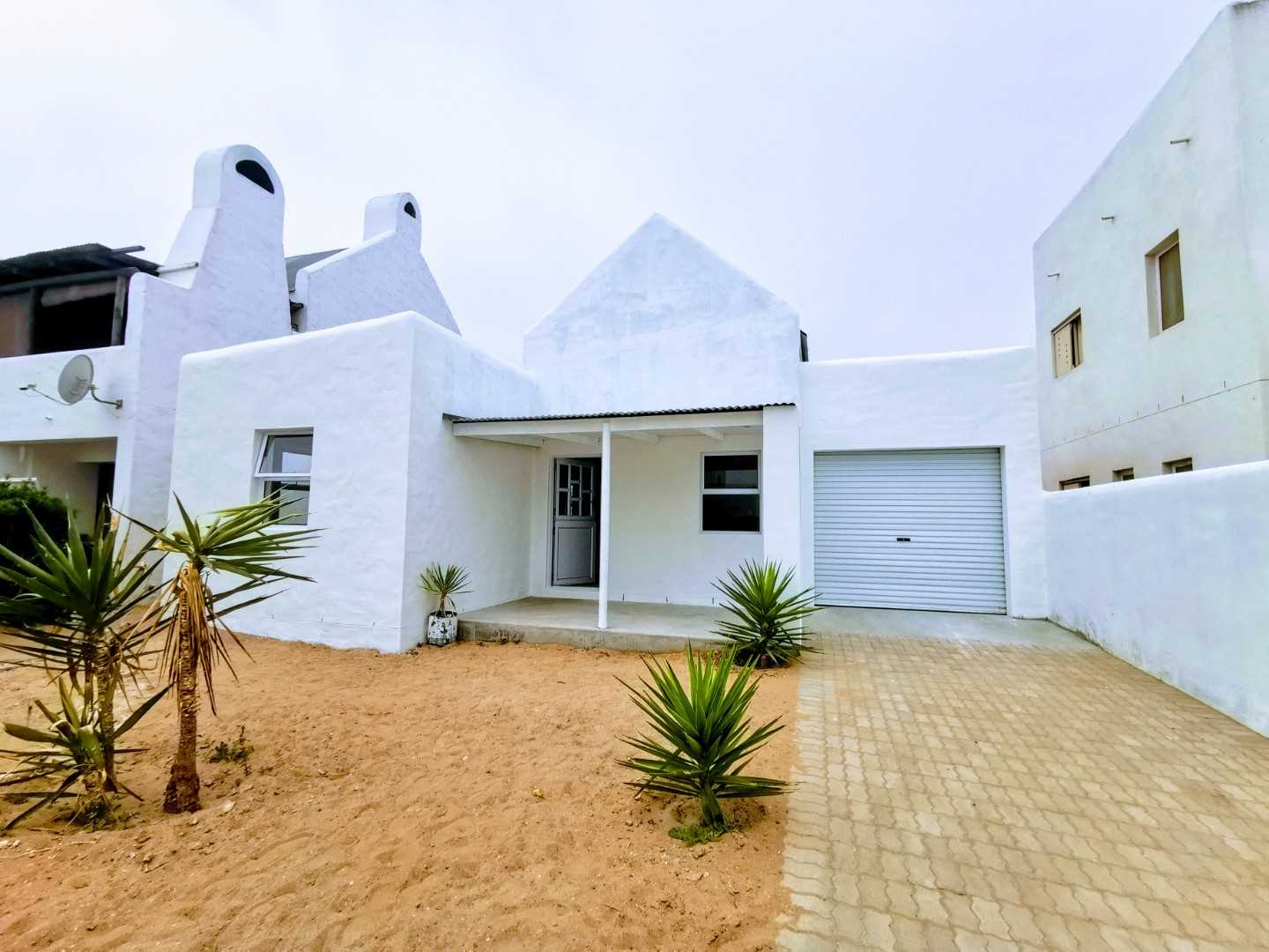 Perfect lock up an go cottage in Lampiesbaai